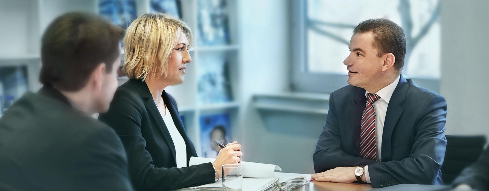 Besonders in Unternehmenskrisen sind Geschäftsführer und Vorstände zahlreichen Haftungsrisiken ausgesetzt. Wir sind Ihr Ansprechpartner rund um alle Haftungsrisiken.